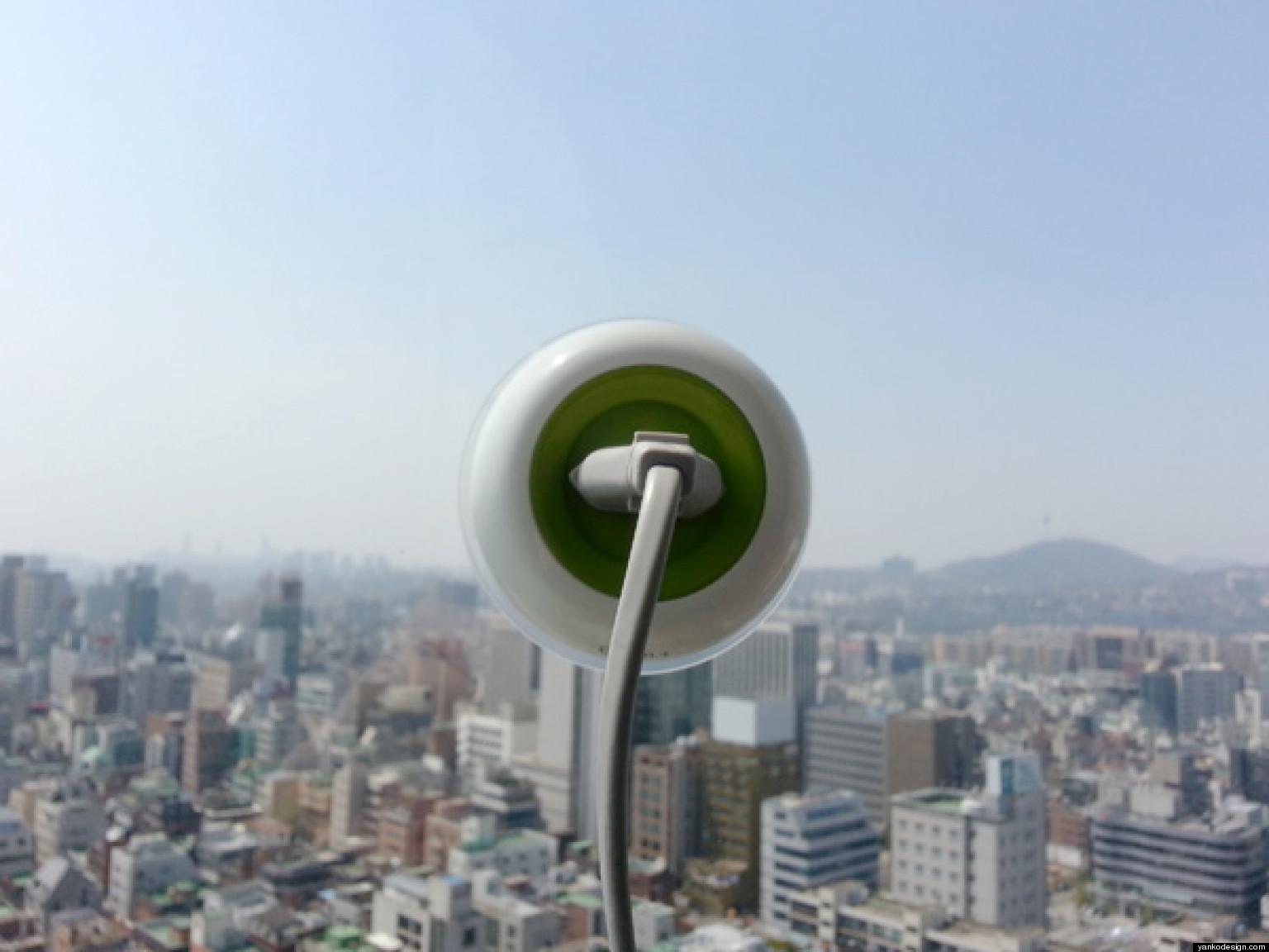 Window Socket-Green+-prise-électrique-solaire-qui-peut-fournir-de-électricité-gratuitement-high-tech-design-écolo-écologique-effronté-04