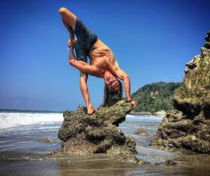 le yoga de l'effronte est vraiment bandant top bien yogi 9