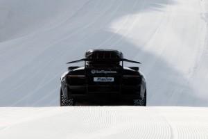 Jon-Olsson-lambo-glacier-effronte-ridefast-snow-sexycar-02