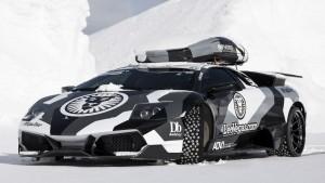 Jon-Olsson-lambo-glacier-effronte-ridefast-snow-sexycar-04