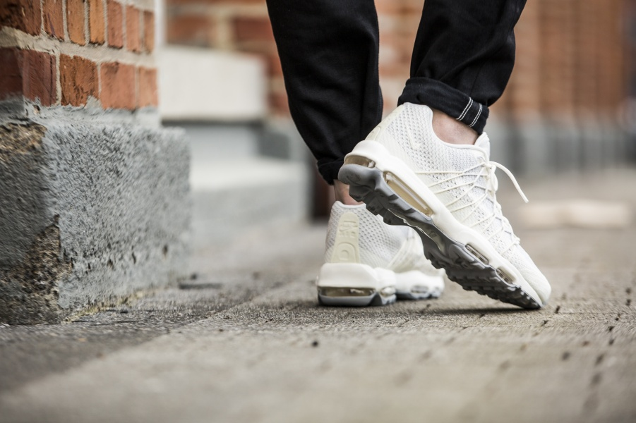 huge selection of b5421 e6ae0 ... Air Max 95 Ultra Jacquard Blanc Nike ...