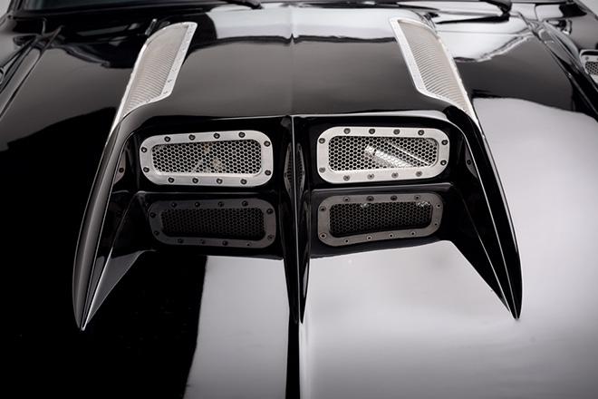 1967-Ford-Mustang-Fastback-Obsidian-par-Autoworks-International-effronté-04