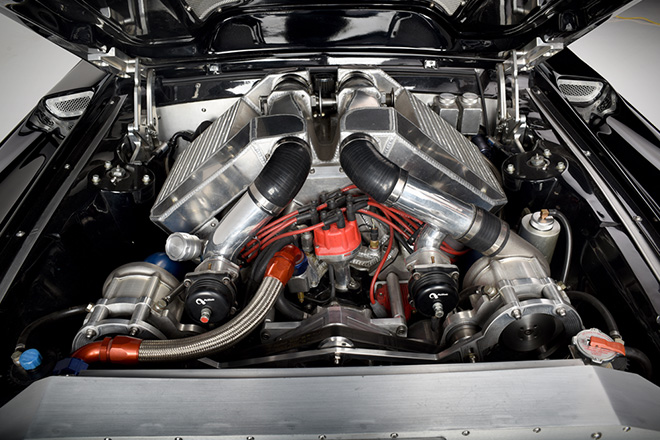 1967-Ford-Mustang-Fastback-Obsidian-par-Autoworks-International-effronté-07