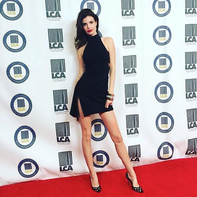 Julia Lescova-USA-Los Angeles-Lettone-Instagirl-Instagram-Sexy-Jolie-Canon-Fille-Femme-Brune-Daugavpils-Mannequin-Bikini-effronte-07