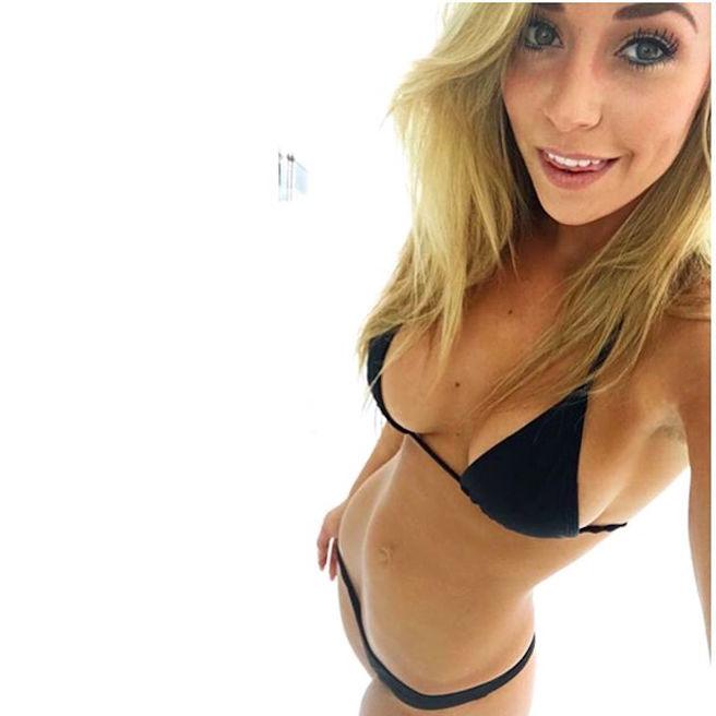 Sydney Maler-Sydney A Maler-USA-Los Angeles-San Diego-Instagirl-Instagram-Sexy-Jolie-Canon-Fille-Femme-Blonde-Mannequin-Bikini-effronte-04