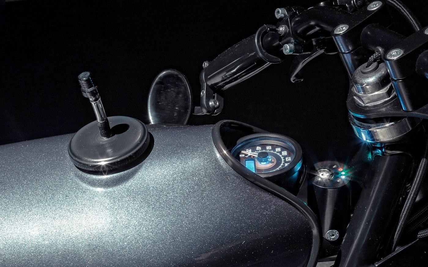 BMW R80rt1-Le-French-Atelier-Versailles-Custom-Moto-Bécane-effronté-07