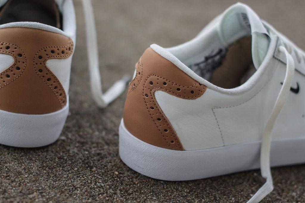 Nike-Match-Classic-Blanc-Cuir-Brun-vachette-Tennis-effronté-844611-100-05_mini-1024x683