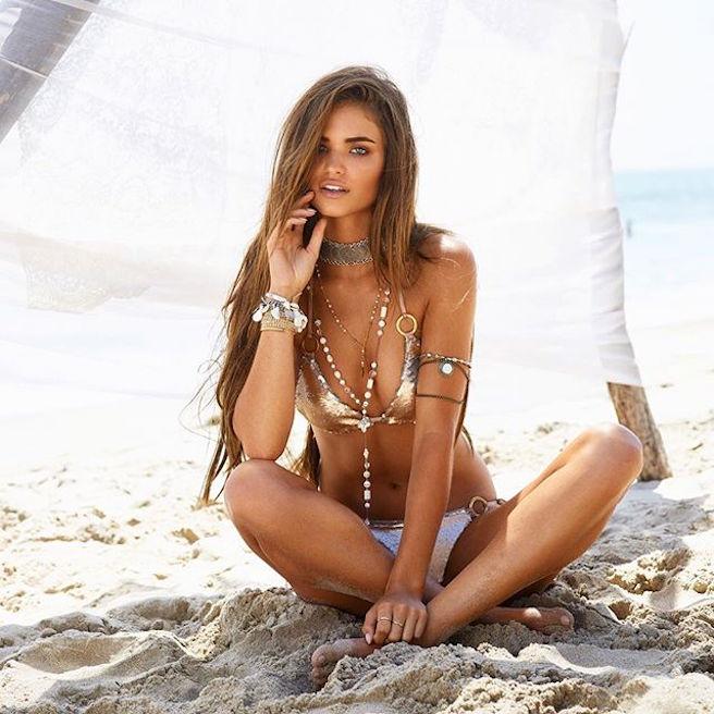 Robin Marjolein-Robin Hölzken-Néerlandaise-Pays-Bas-Hollande-Mannequin-Top-Model-Instagirl-Instagram-Sexy-Jolie-Canon-Fille-Femme-Blonde-Bikini-lingerie-sous-vetement-effronte-12