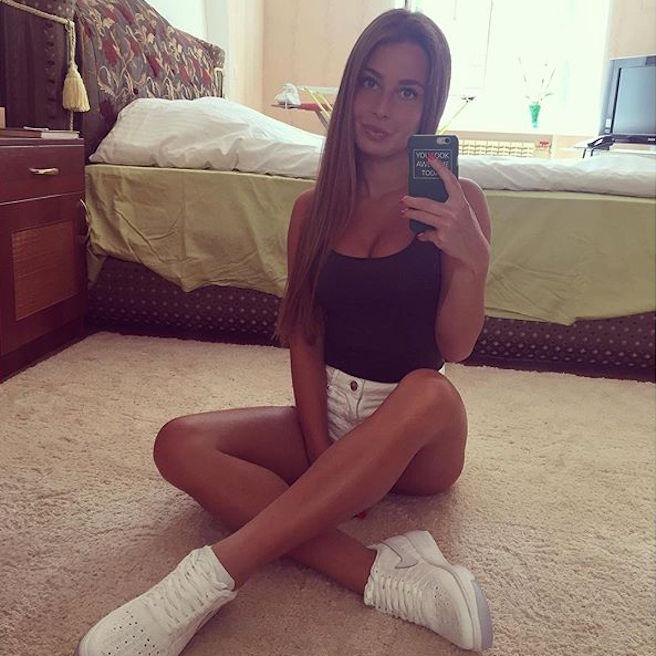 Sasha Shenderey-Ukraine-Kiev-Danseuse-Classique-Instagirl-Instagram-Sexy-Jolie-Canon-Fille-Femme-Blonde-Mannequin-Bikini--lingerie-sous-vetement-effronte-03