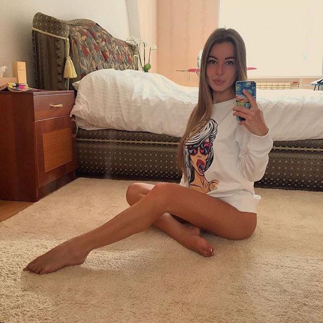 Sasha Shenderey-Ukraine-Kiev-Danseuse-Classique-Instagirl-Instagram-Sexy-Jolie-Canon-Fille-Femme-Blonde-Mannequin-Bikini--lingerie-sous-vetement-effronte-07