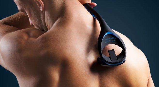 BAKBLADE 2.0 : Le premier gadget pour se raser les poils de dos