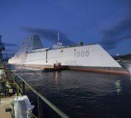 USS Zumwalt - Le plus gros navire de guerre américain destroyer USA James A. Kirk effronté 05