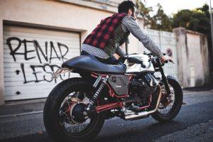 v7-racer-limited-moto-guzzi-prepa-cafe-racer-2