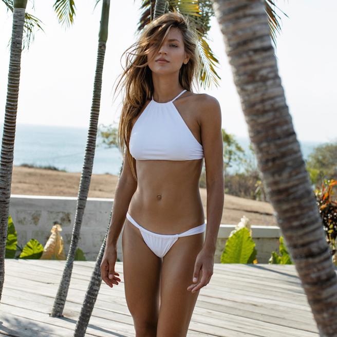 anastasia-bluemoloko-bali-ukraine-ukrainienne-instagirl-instagram-sexy-jolie-canon-glamour-fille-femme-brune-bikini-eurvin-mannequin-mode-effronte-05
