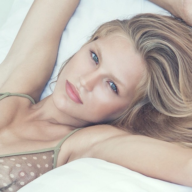 anastasia-bluemoloko-bali-ukraine-ukrainienne-instagirl-instagram-sexy-jolie-canon-glamour-fille-femme-brune-bikini-eurvin-mannequin-mode-effronte-06