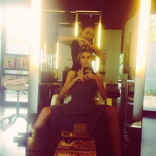 anastasia-bluemoloko-bali-ukraine-ukrainienne-instagirl-instagram-sexy-jolie-canon-glamour-fille-femme-brune-bikini-eurvin-mannequin-mode-effronte-11