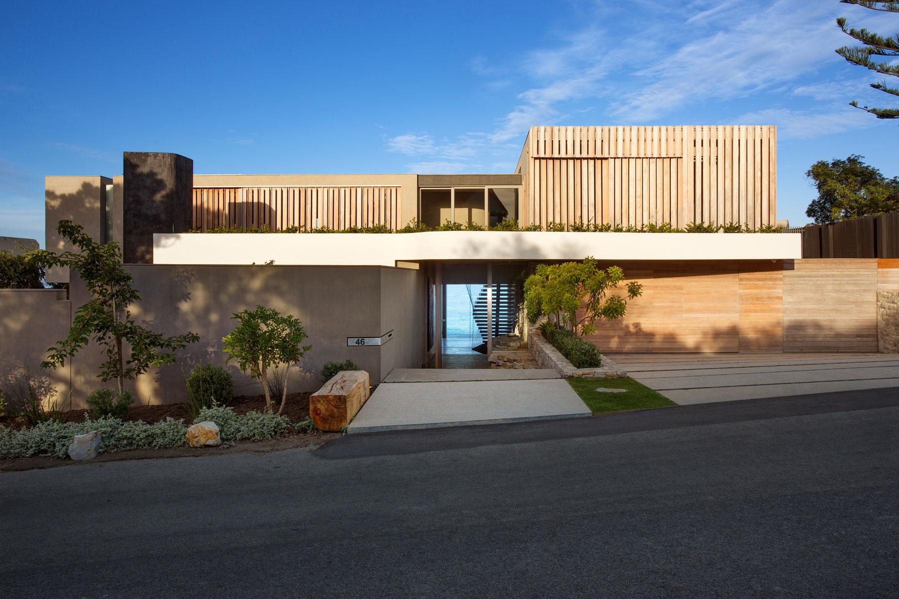 architecture-design-villa-luxuryhouse-southafrica-plettenbergbay-luxuryhouse-01