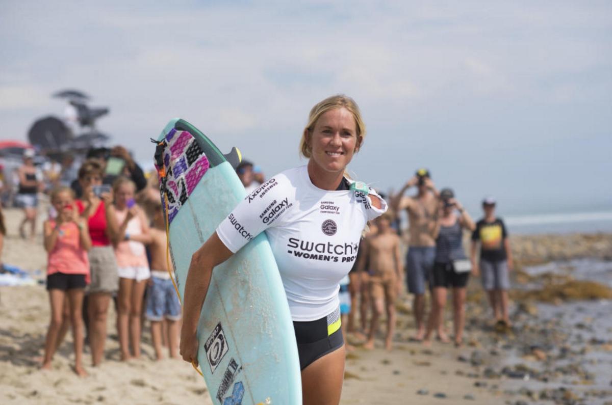 bethany-hamilton-une-surfeuse-avec-un-bras-en-moins-effronte-surf-histoire-formidable-01