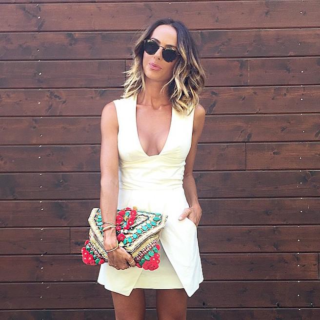 natamelie-amelie-suisse-lausanne-bastia-corse-instagirl-instagram-sexy-jolie-canon-glamour-fille-femme-brune-bikini-bijoux-blogueuse-mode-effronte-13