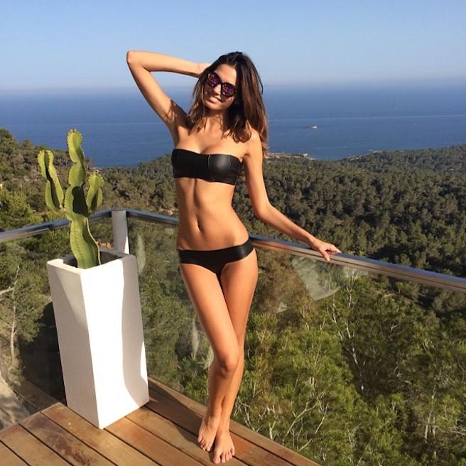 rachel-vallori-la-havane-cuba-cubaine-los-angeles-instagirl-instagram-sexy-jolie-canon-glamour-fille-femme-brune-bikini-mannequin-actrice-mode-effronte-14