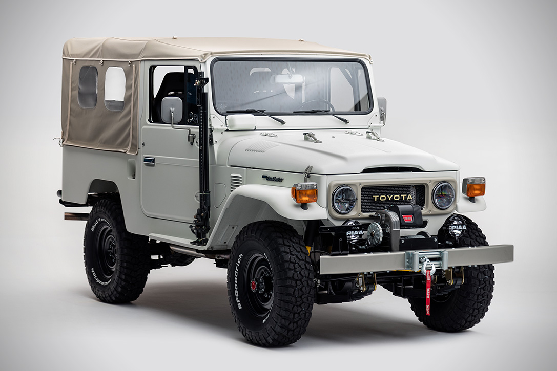 1982-fj43-aspen-project-par-the-fj-company-land-cruiser-toyota-effronte-01