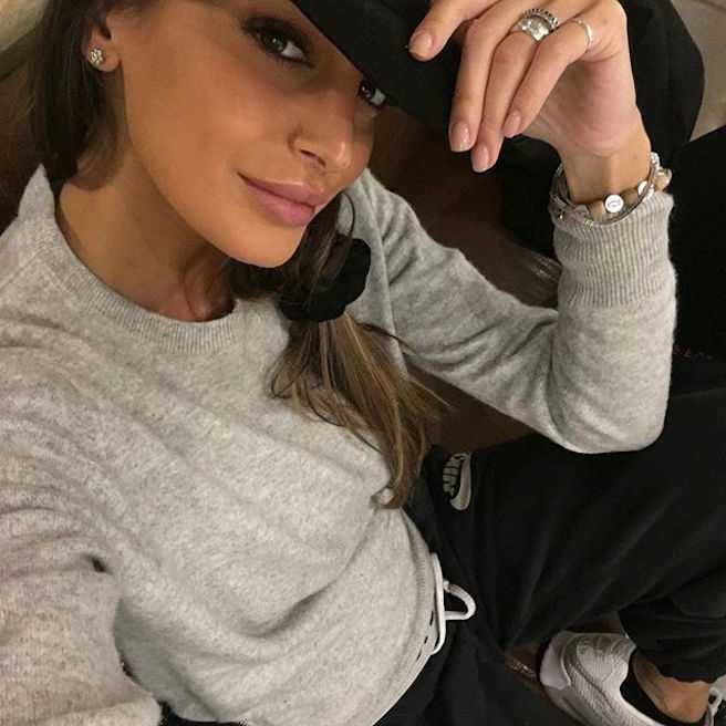 cristina-buccino-italienne-italie-instagirl-instagram-sexy-jolie-canon-glamour-fille-femme-brune-bikini-mannequin-actrice-mode-isola-dei-famosi-veline-cristiano-ronaldo-effronte-02