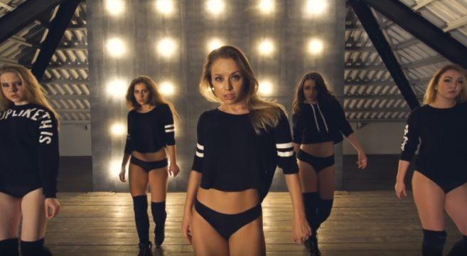 Fraules Girls sur Cool back de Kid Ink ! Aie... Sexy Twerk Twerkeuse Russe