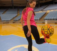 Indi Cowie - La reine du football freestyle