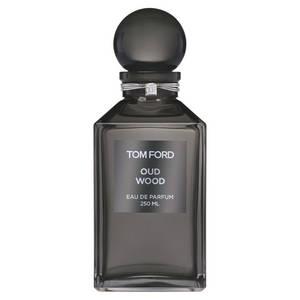 5-parfums-au-bois-de-oud-pour-noel-tom-ford-oud-wood-effronte-idee-cadeau