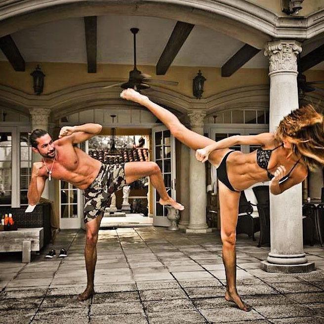 tika-camaj-tirana-albanie-albanaise-instagirl-instagram-sexy-jolie-canon-glamour-fille-femme-brune-bikini-mannequin-victorias-secret-la-models-david-silverman-effronte-06