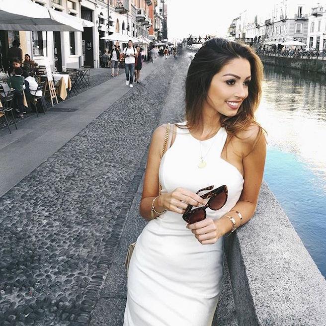 caroline-einhoff-itsmecaro-allemande-allemagne-instagirl-instagram-sexy-jolie-canon-glamour-fille-femme-brune-bikini-bijoux-blogueuse-mode-effronte-15