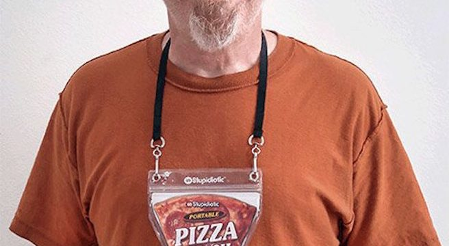 Et voila un collier poche à pizza ! WTF stupidiotic
