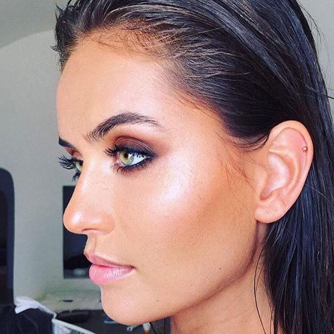 talia-richman-australienne-aussie-australie-instagirl-instagram-sexy-jolie-canon-glamour-fille-femme-brune-yeux-verts-bikini-bijoux-mannequin-mode-effronte-02