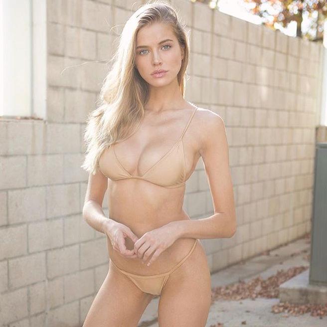Tanya Mityushina-Perm-Russie-Russe-Instagirl-Instagram-Sexy-Jolie-Canon-Glamour-Fille-Femme-Blonde-Yeux-Verts-Mannequin-Elite-mode-bikini-maillot de bain-effronte-05