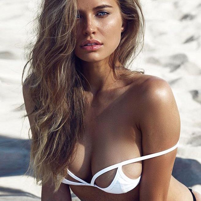 Tanya Mityushina-Perm-Russie-Russe-Instagirl-Instagram-Sexy-Jolie-Canon-Glamour-Fille-Femme-Blonde-Yeux-Verts-Mannequin-Elite-mode-bikini-maillot de bain-effronte-12