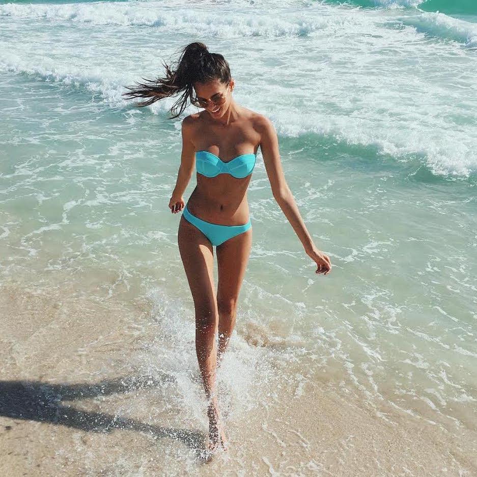 Gizele Oliveira-Brésil-Brésilienne-Espirito Santo-Instagirl-Instagram-Sexy-Jolie-Canon-Glamour-Fille-Femme-Brune-Mannequin-mode-bikini-lingerie-maillot de bain-effronte-14