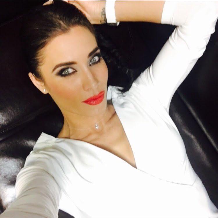 Pilar Rubio-Espagne-Espagnole-Real Madrid-Instagirl-Instagram-Sexy-Jolie-Canon-Glamour-Fille-Femme-Brune-Actrice-journaliste-présentatrice-WAG-Sergio-Ramos-effronte-11