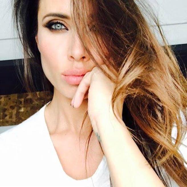 Pilar Rubio-Espagne-Espagnole-Real Madrid-Instagirl-Instagram-Sexy-Jolie-Canon-Glamour-Fille-Femme-Brune-Actrice-journaliste-présentatrice-WAG-Sergio-Ramos-effronte-13